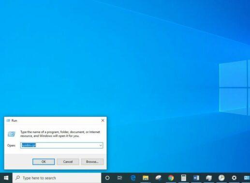 Klik Start Menu Ikon Windows lalu ketikkan System Properties di kolom pencarian. Ada juga bisa melakukan shortcut