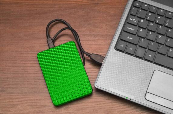 Melakukan Backup Data Penting